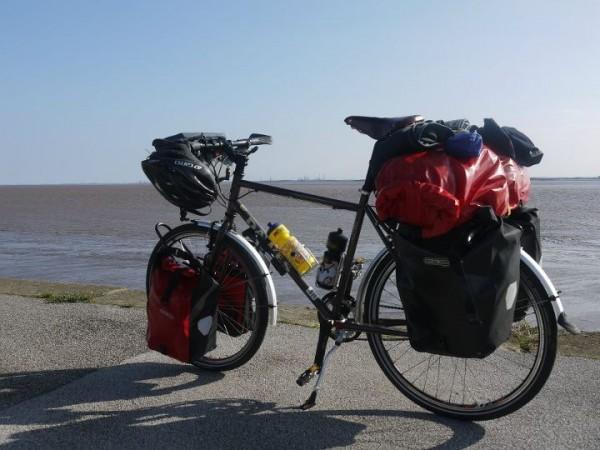 Foska bottles on AWFW bicycle